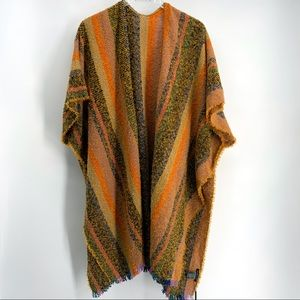NWT Do Everything in Love Women's Poncho One Size